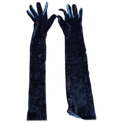 Yves Saint Laurent Rive Gauche Vintage 1970's Grey Velvet Elbow Length Gloves