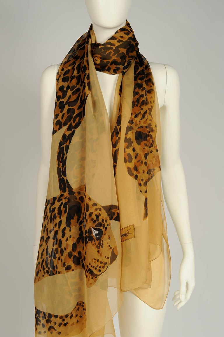 Yves Saint Laurent Runway Leopard Silk Chiffon Shawl Scarf, Fall-Winter 1986  In Good Condition For Sale In Geneva, CH
