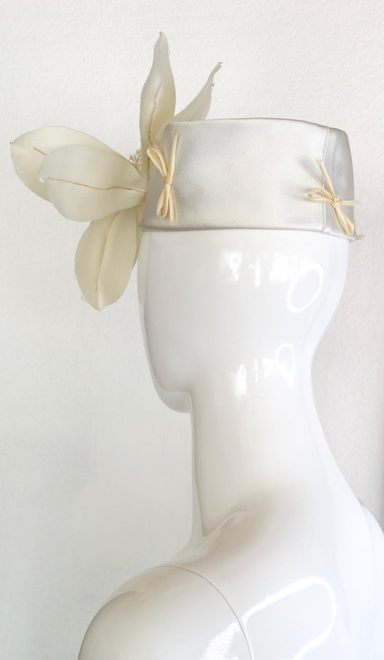 Yves Saint Laurent Silk Floral Head Piece  In Good Condition For Sale In Scottsdale, AZ