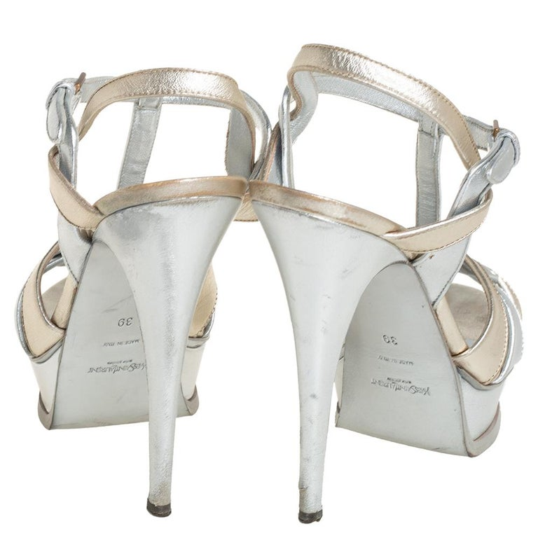 Yves Saint Laurent Silver/Gold Leather Platform Ankle Strap Sandals Size 39 In Good Condition For Sale In Dubai, Al Qouz 2