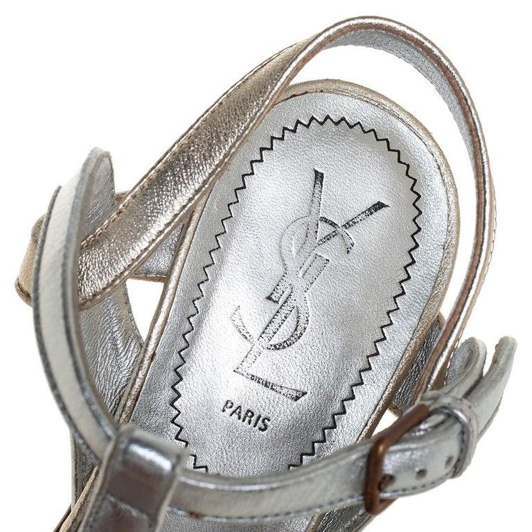 Yves Saint Laurent Silver/Gold Leather Platform Ankle Strap Sandals Size 39 For Sale 2