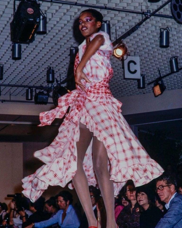 YVES SAINT LAURENT S/S 1978 YSL 2 Pc Green Plaid Peasant Blouse Wrap Skirt Set For Sale 6