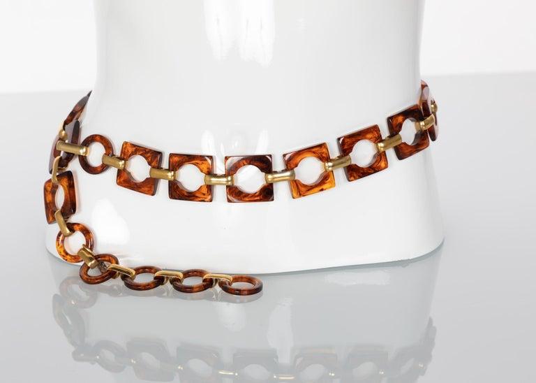 Yves Saint Laurent Tortoise Lucite Necklace  Belt YSL, 1970s In Excellent Condition For Sale In Boca Raton, FL