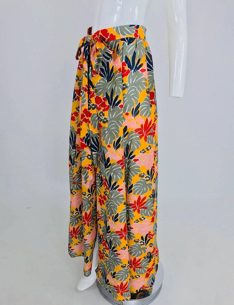 Brown Yves Saint Laurent tropical print linen maxi skirt, 1980s For Sale