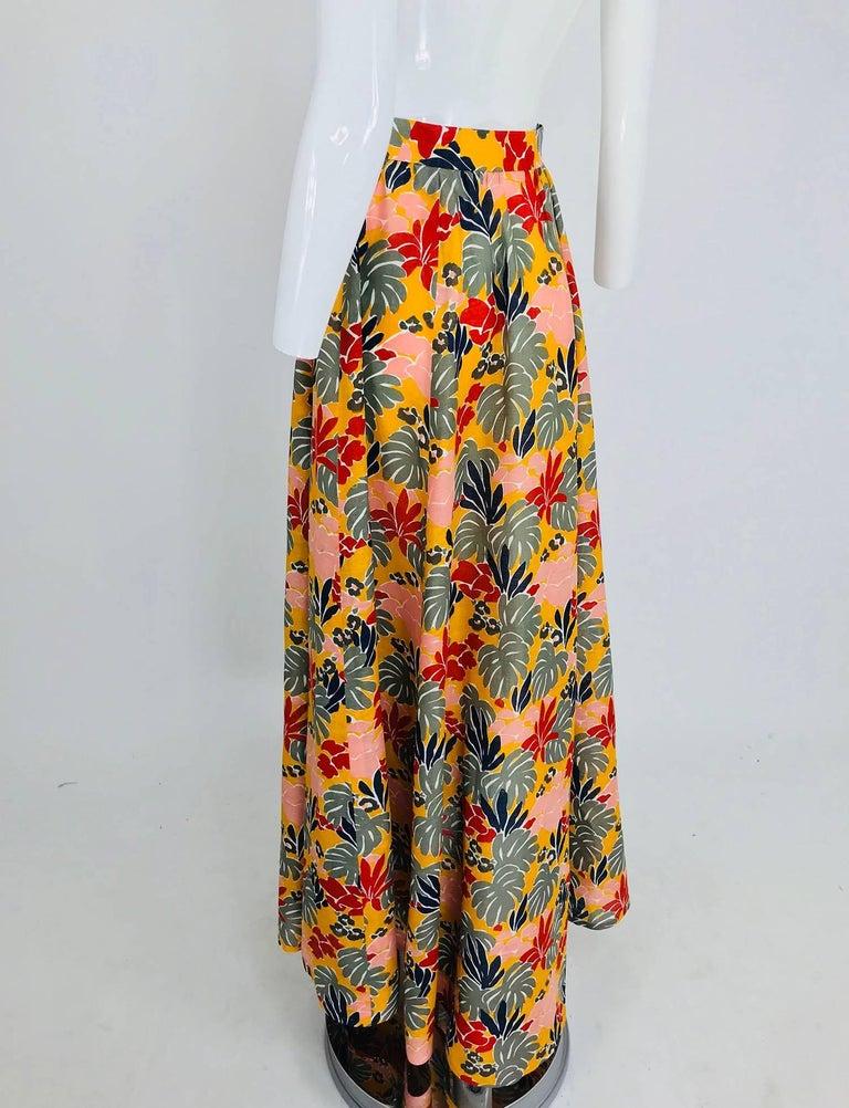 Yves Saint Laurent tropical print linen maxi skirt, 1980s For Sale 2
