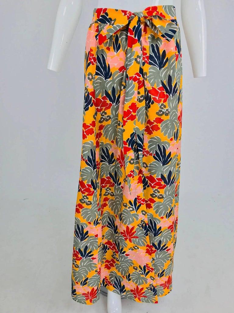 Yves Saint Laurent tropical print linen maxi skirt, 1980s For Sale 4