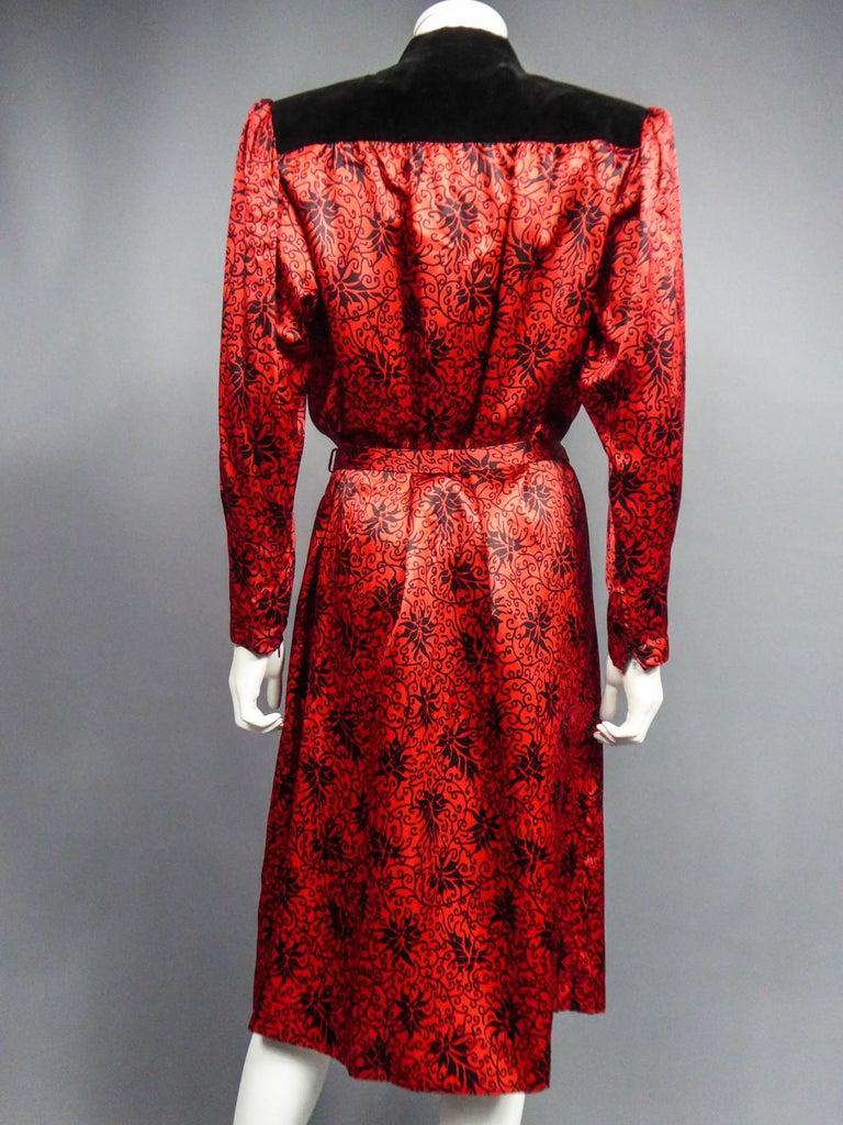 Yves Saint Laurent VariationBlouse Dress in Printed SatinCirca 1990 For Sale 10
