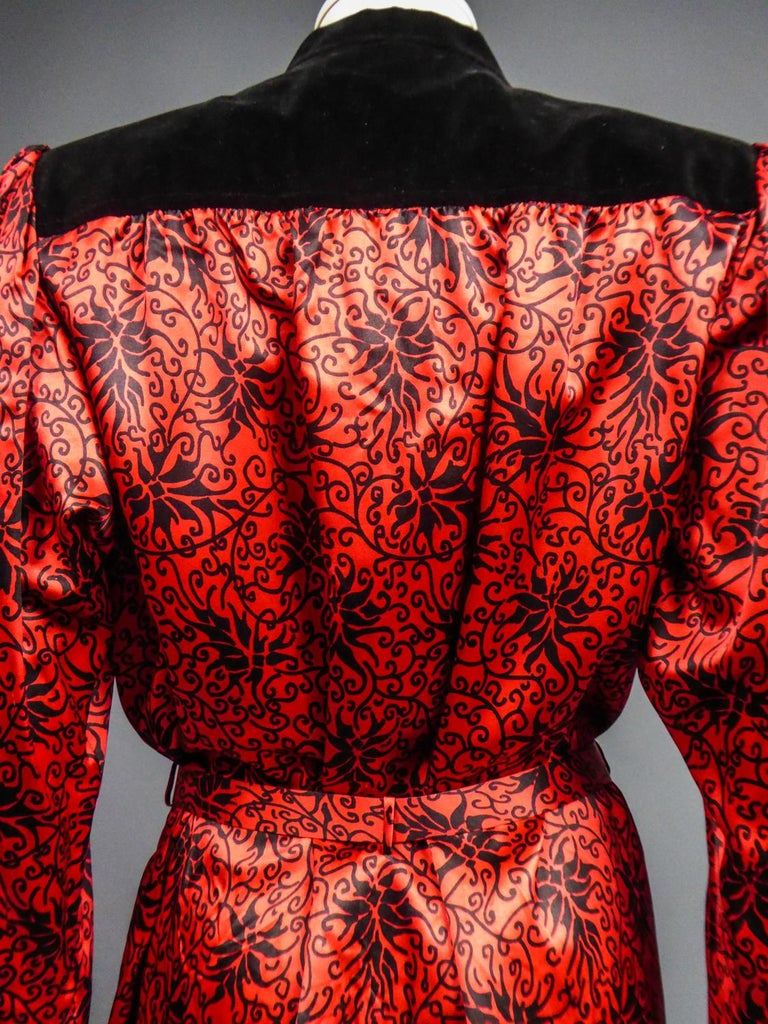 Yves Saint Laurent VariationBlouse Dress in Printed SatinCirca 1990 For Sale 11