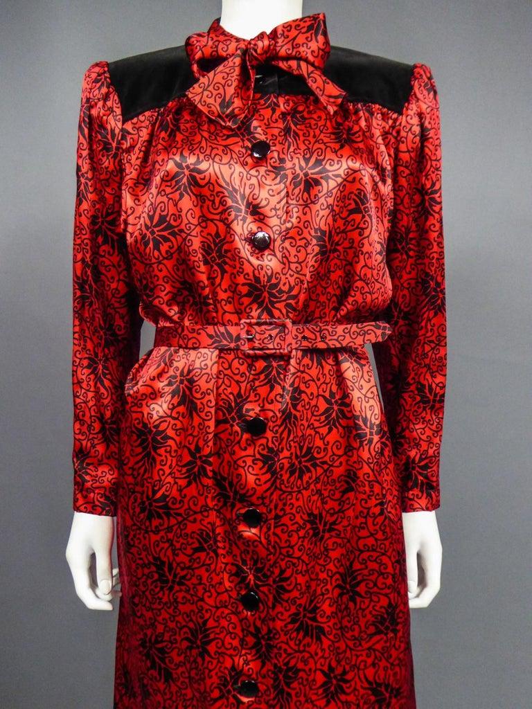 Yves Saint Laurent VariationBlouse Dress in Printed SatinCirca 1990 For Sale 1