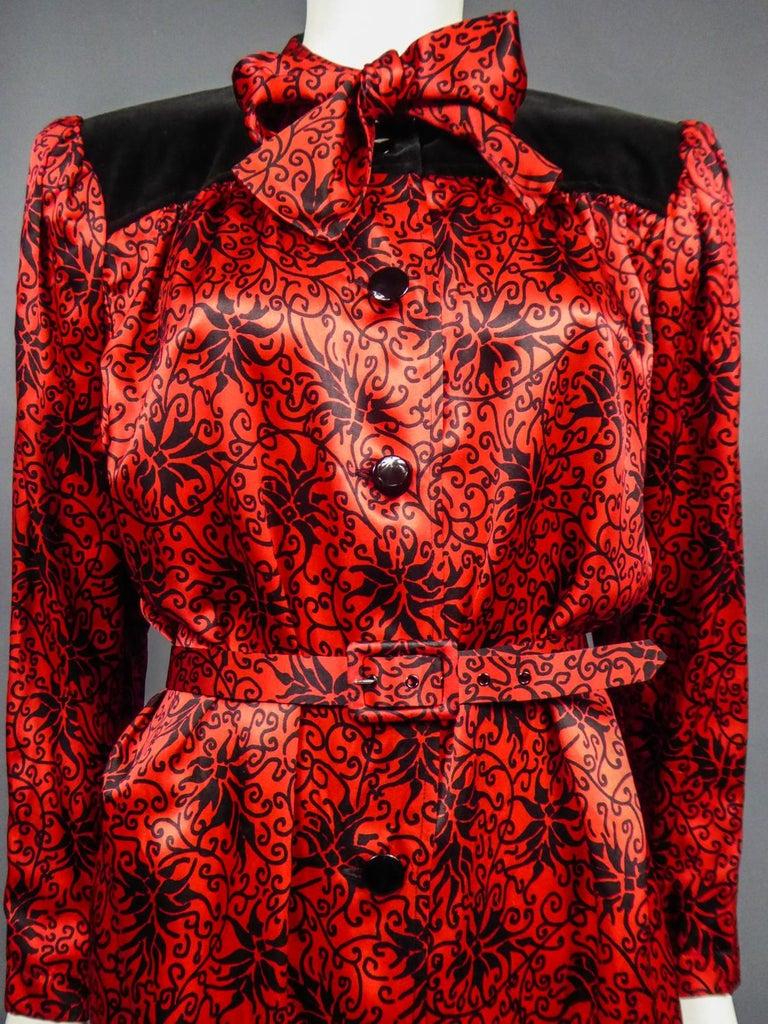 Yves Saint Laurent VariationBlouse Dress in Printed SatinCirca 1990 For Sale 2