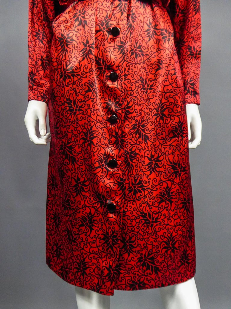 Yves Saint Laurent VariationBlouse Dress in Printed SatinCirca 1990 For Sale 3