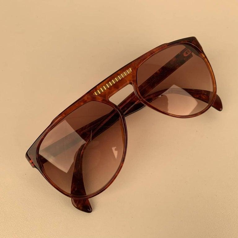 Women's Yves Saint Laurent Vintage 80s Brown Marbled Sunglasses 8726 P094 For Sale