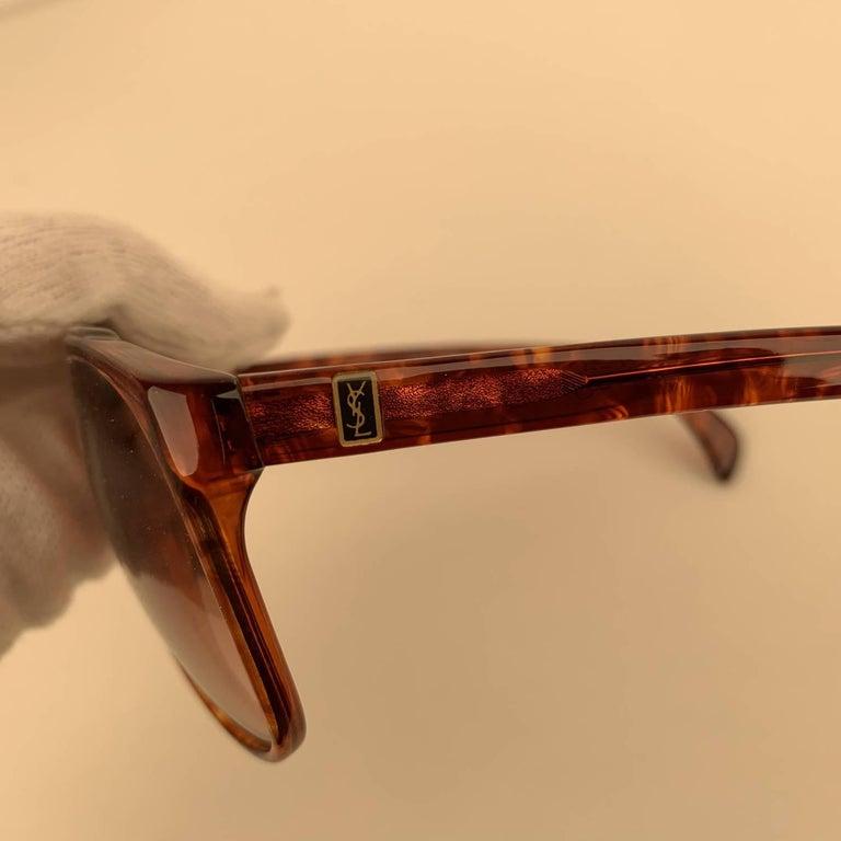 Yves Saint Laurent Vintage 80s Brown Marbled Sunglasses 8726 P094 For Sale 2