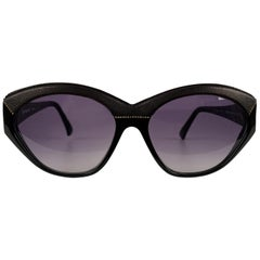 Yves Saint Laurent Vintage Black Sunglasses 8916 P367 with Leather