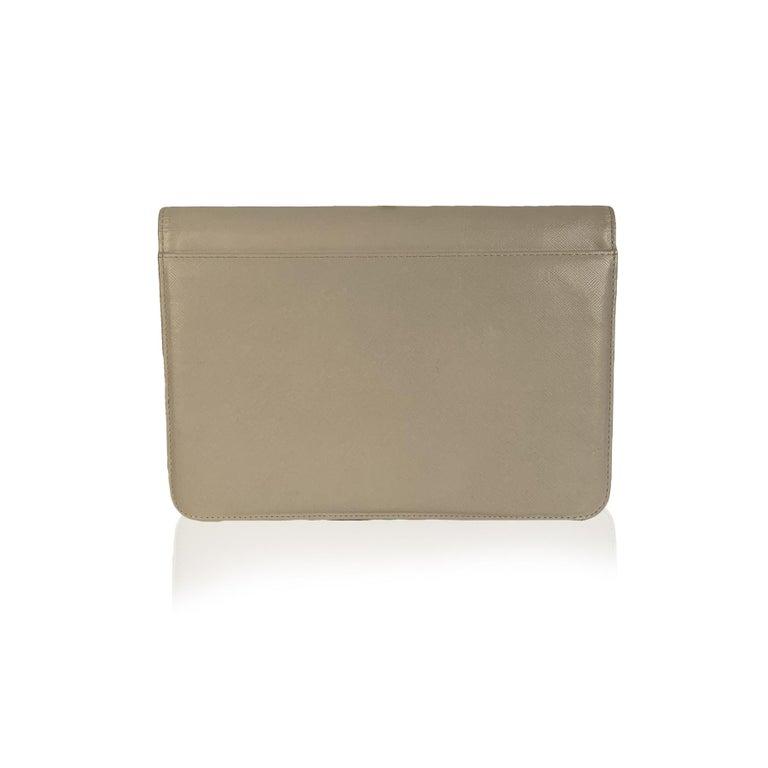Yves Saint Laurent Vintage White Leather Clutch Bag For Sale 1