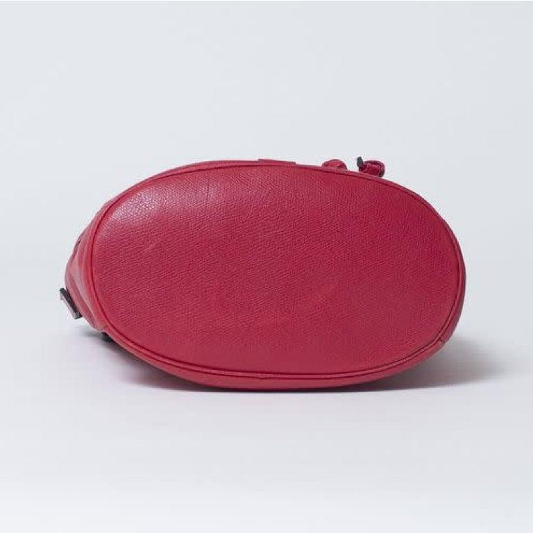 Women's Yves Saint Laurent Vintage Y Studs Bucket Flap Bag - Red For Sale