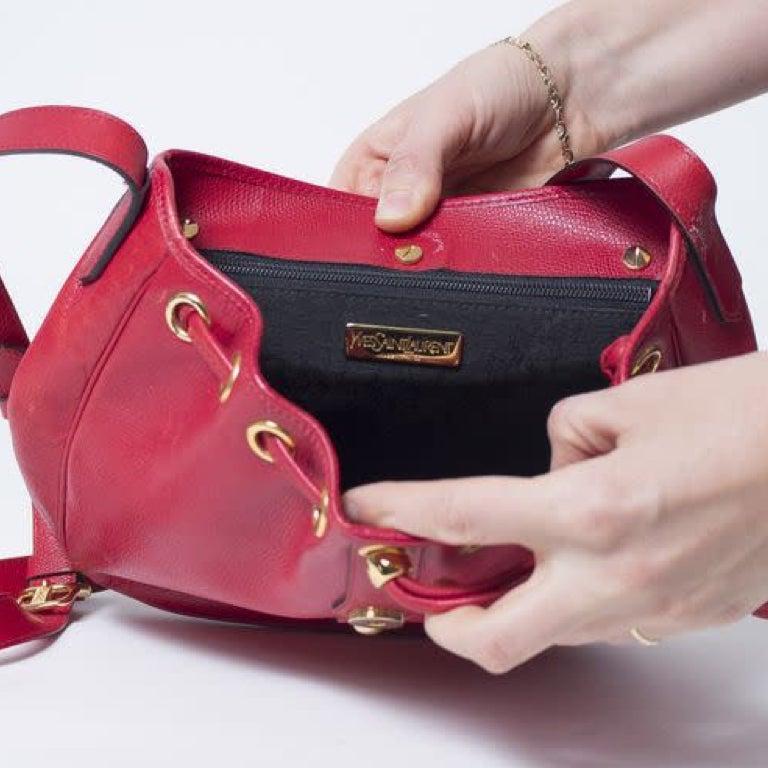 Yves Saint Laurent Vintage Y Studs Bucket Flap Bag - Red For Sale 1