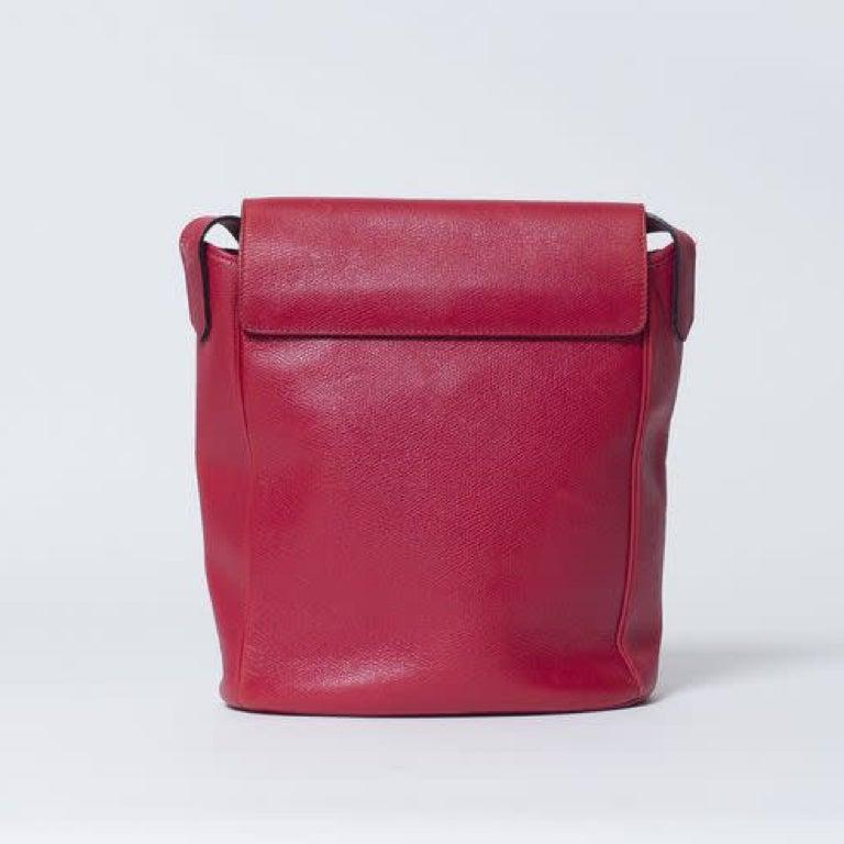 Yves Saint Laurent Vintage Y Studs Bucket Flap Bag - Red For Sale 2