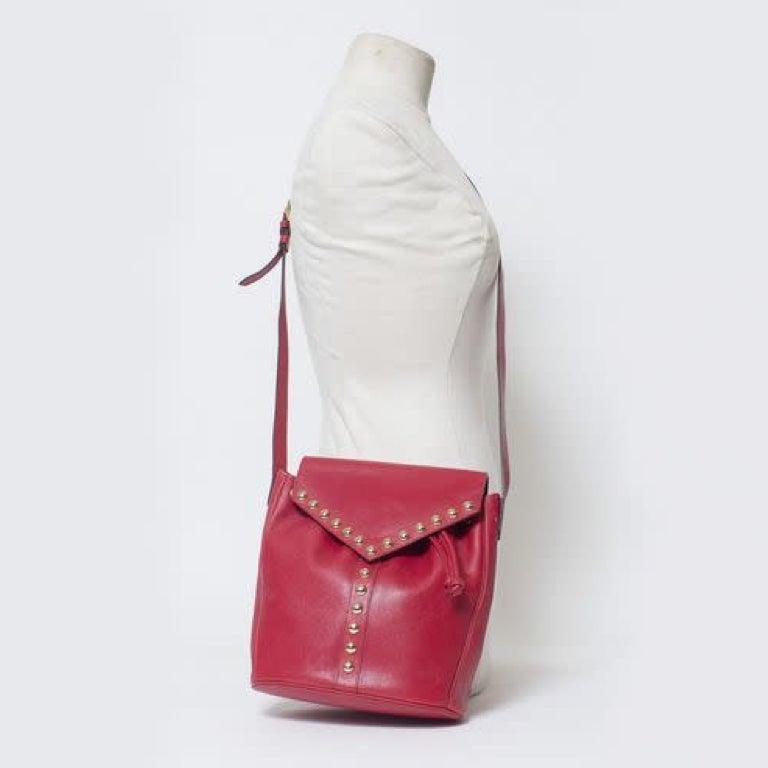 Yves Saint Laurent Vintage Y Studs Bucket Flap Bag - Red For Sale 4
