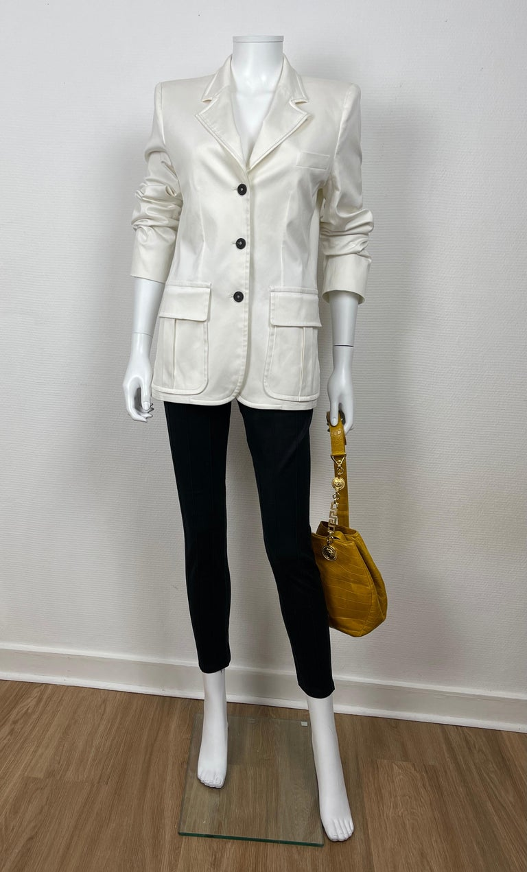Yves Saint Laurent White Cotton Classic Jacket  In Good Condition For Sale In Paris, FR