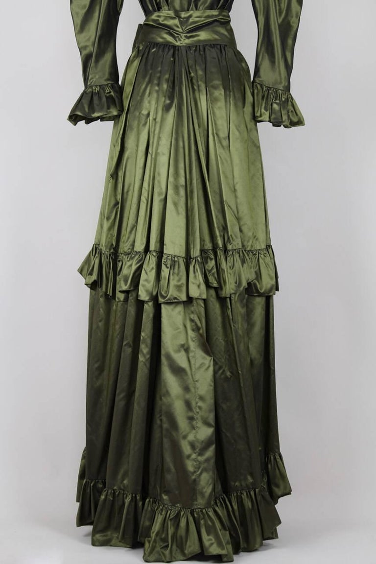 Yves Saint Laurent YSL Green Silk Taffeta Blouse and Skirt Ensemble Gown, 1978  For Sale 2