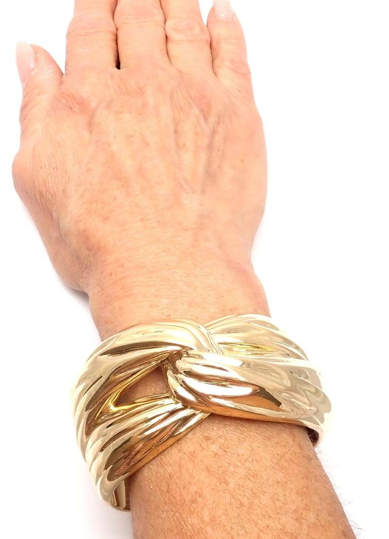 Yves Saint Laurent YSL Paris Solid Yellow Gold Cuff Bracelet For Sale 3