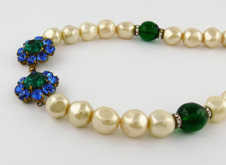 Yves Saint Laurent YSL Vintage Emerald Sapphire Stone Pearl Necklace In Good Condition For Sale In Nice, FR