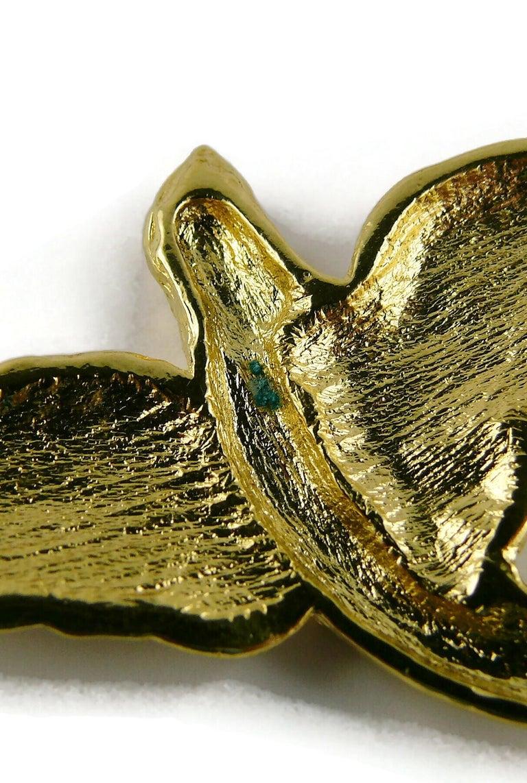 Yves Saint Laurent YSL Vintage Gold Toned Bird Necklace For Sale 13
