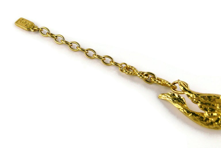 Yves Saint Laurent YSL Vintage Gold Toned Bird Necklace In Good Condition For Sale In Nice, FR