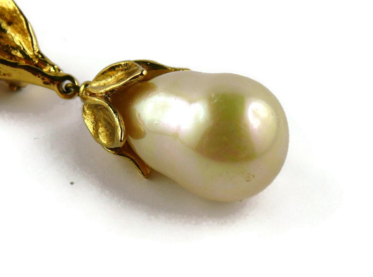 Yves Saint Laurent YSL Vintage Gold Toned Foliage Pearl Drop Dangling Earrings For Sale 8
