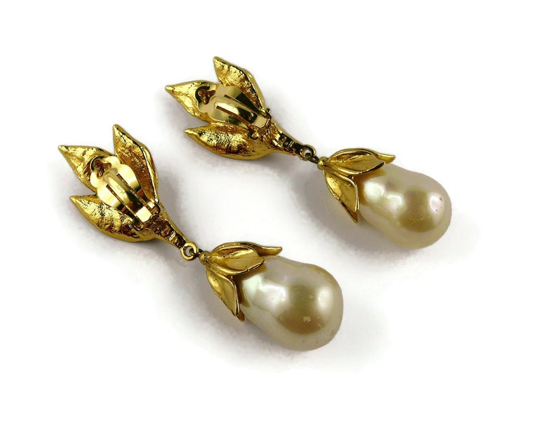 Yves Saint Laurent YSL Vintage Gold Toned Foliage Pearl Drop Dangling Earrings For Sale 4