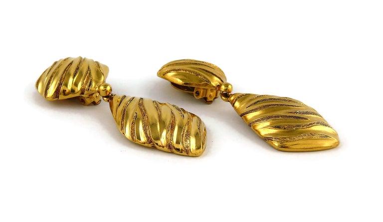 Yves Saint Laurent YSL Vintage Gold Toned Ribbed Dangling Earrings For Sale 1