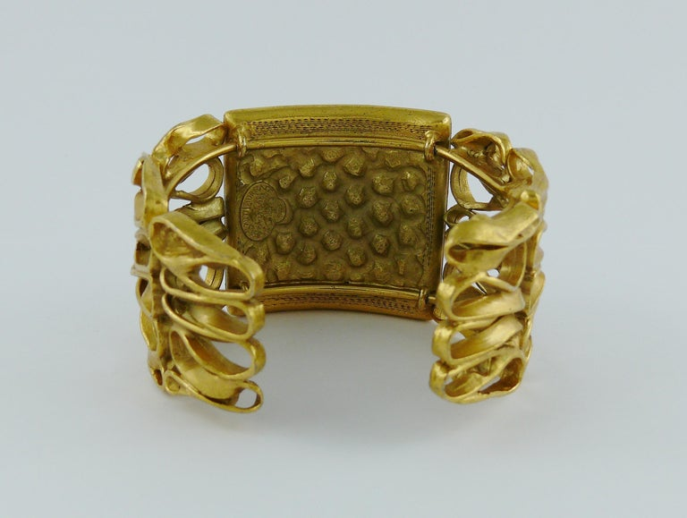 Yves Saint Laurent YSL Vintage Gold Toned Wire Cuff Bracelet For Sale 6