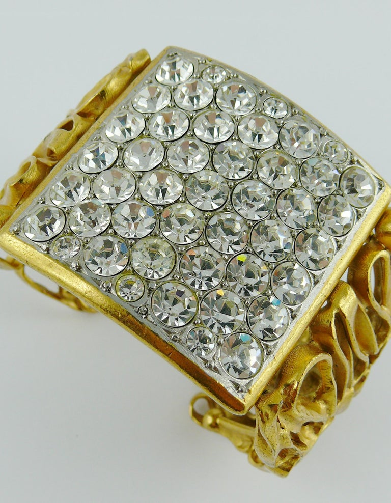 Yves Saint Laurent YSL Vintage Gold Toned Wire Cuff Bracelet For Sale 9