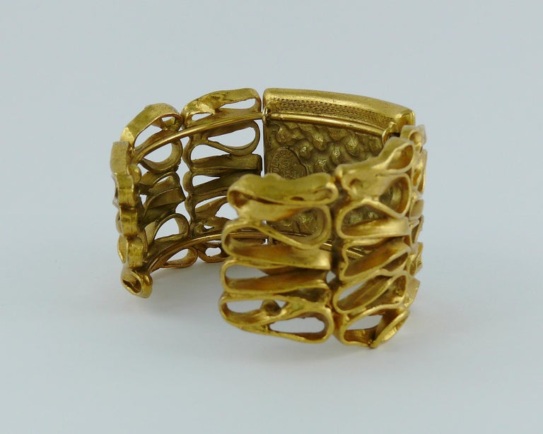 Yves Saint Laurent YSL Vintage Gold Toned Wire Cuff Bracelet For Sale 5