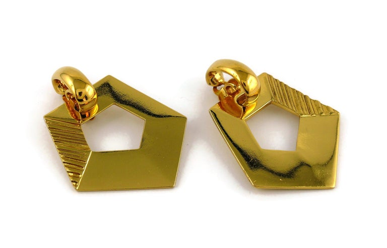 Yves Saint Laurent YSL Vintage Massive Gold Toned Geometric Dangling Earrings In Good Condition For Sale In Nice, FR