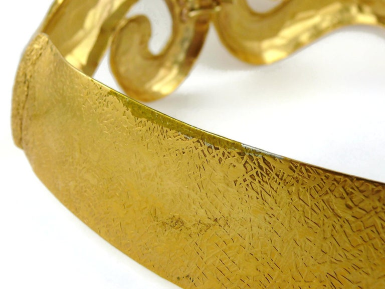 Yves Saint Laurent YSL Vintage Rigid Gold Toned Arabesque Hammered Belt For Sale 10