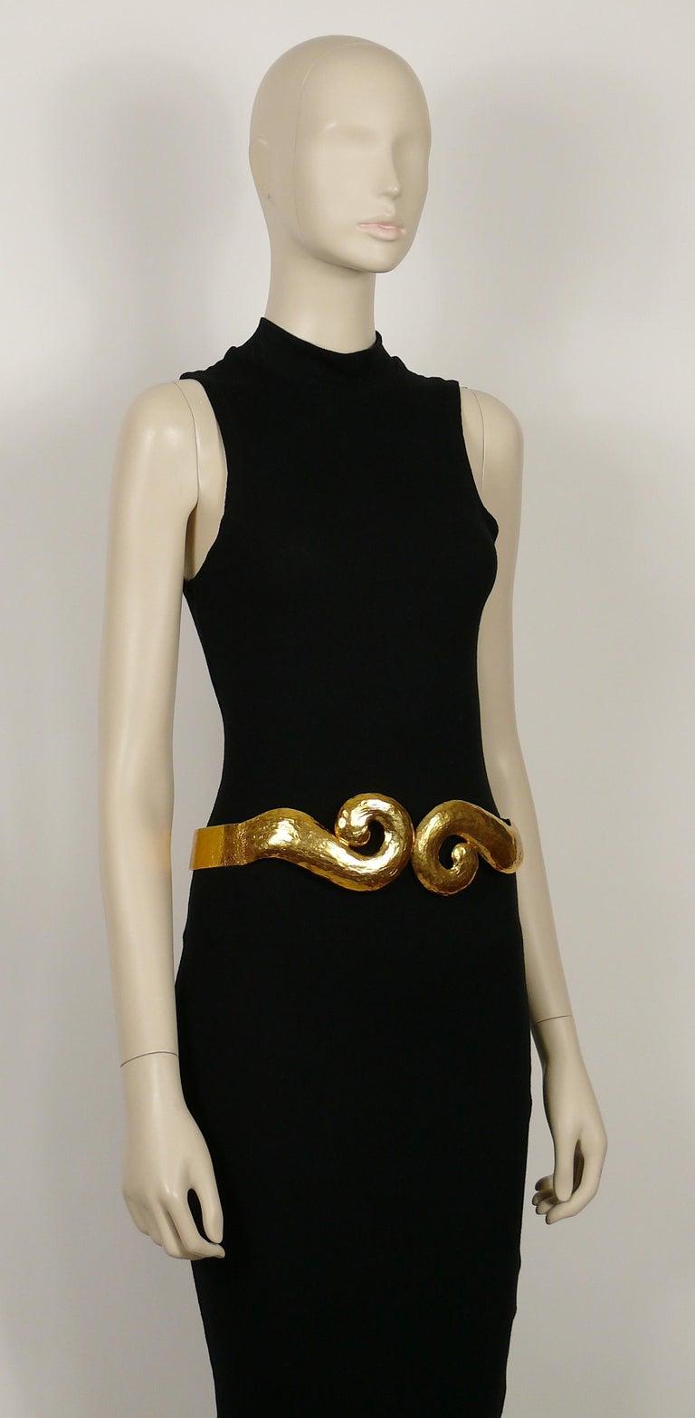 Yves Saint Laurent YSL Vintage Rigid Gold Toned Arabesque Hammered Belt For Sale 1