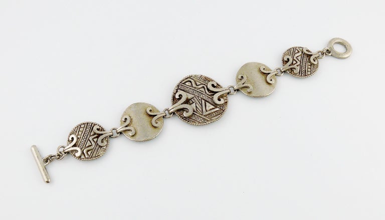 Yves Saint Laurent YSL Vintage Silver Toned Tuareg Inspired Link Bracelet In Excellent Condition For Sale In Nice, FR