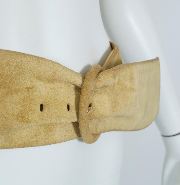 Yves Saint Laurent YSL Wide Camel Suede Belt with Covered Buckle – XS-S, 1980s For Sale 1