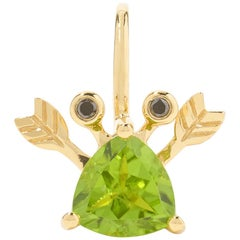 Yvonne Leon's Crab Earring in 18 Karat Yellow Gold with Peridot