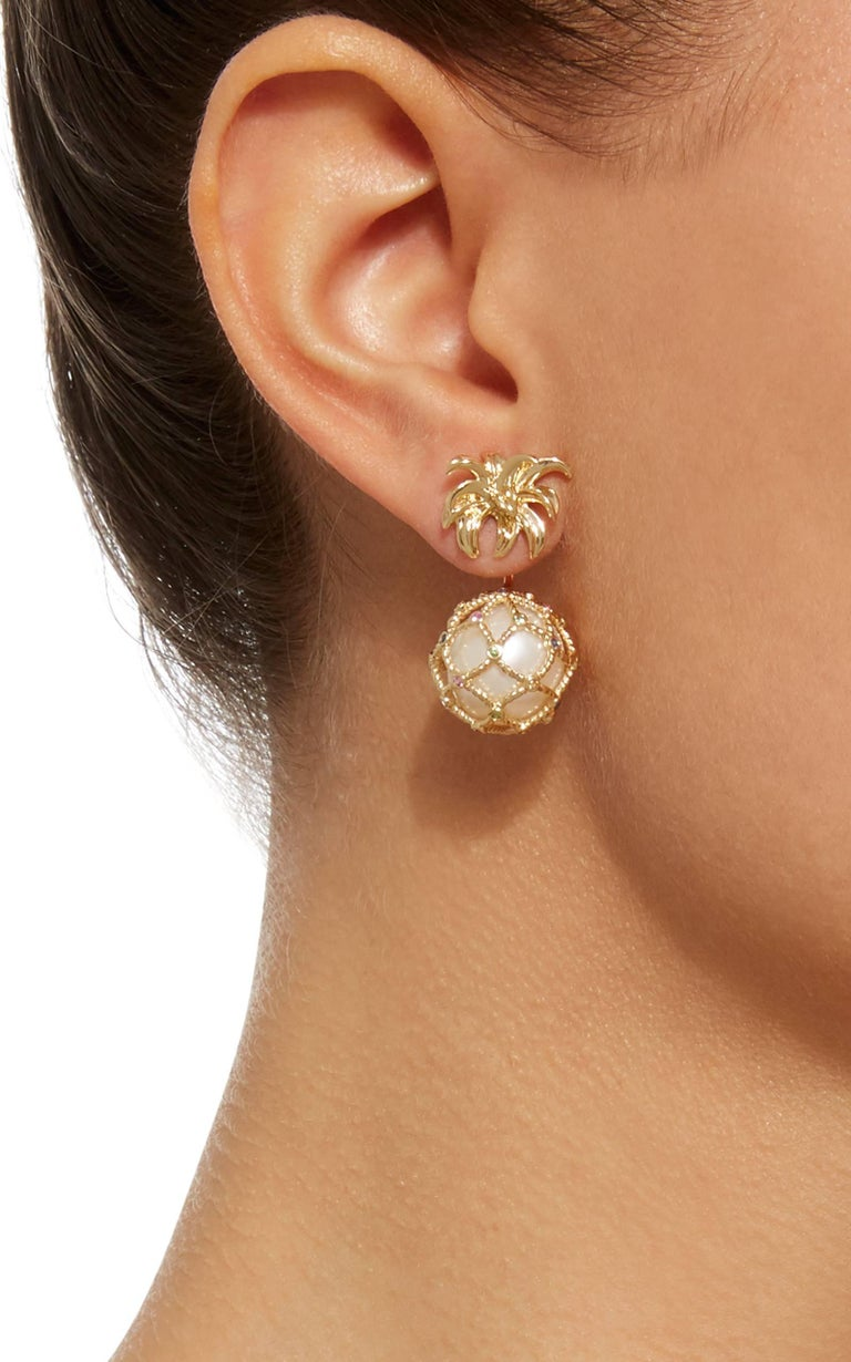 Women's or Men's Yvonne Leon's Earring Pineapple in 18 Karat Gold Pearl and Multicolored Sapphire For Sale