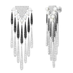 Yvonne Leon's Earring with Diamonds and Black Diamonds Coiffe in White Gold