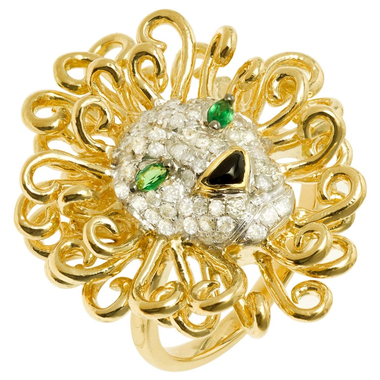 Yvonne Leon's Lion Ring in 18 Karat Yellow Gold, Diamonds and Tsavorites For Sale