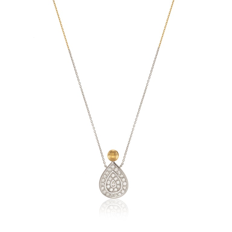 Round Cut Yvonne Leon's Necklace in 18K Yellow and White Gold and Diamonds For Sale