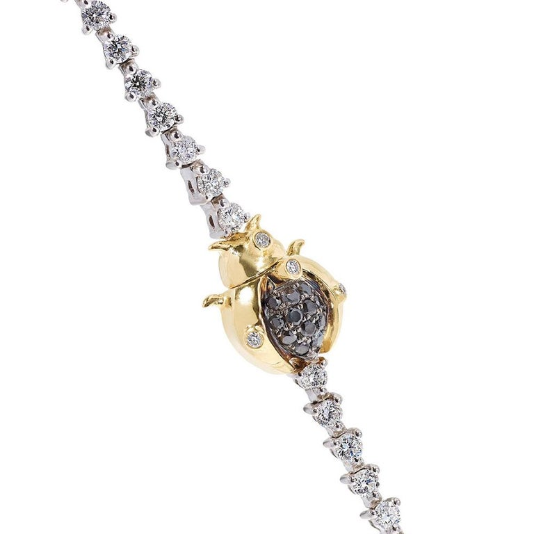 Yvonne Leon's Scarabee Necklace in 18 Carat White Gold White and Black Diamonds In New Condition For Sale In Paris, FR