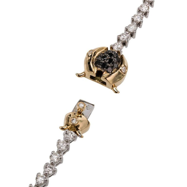 Women's or Men's Yvonne Leon's Scarabee Necklace in 18 Carat White Gold White and Black Diamonds For Sale