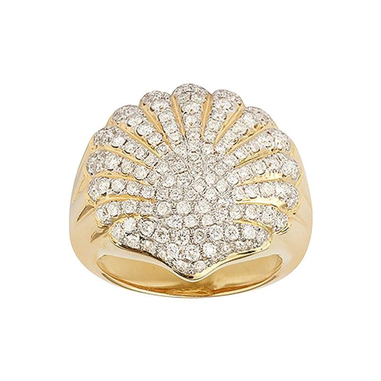 Yvonne Leon's Shell Diamonds Pinky Ring in 18 Karat Yellow Gold For Sale