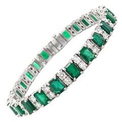 Zambian Emeralds 14.9 Carat and Round Diamonds Platinum Bracelet