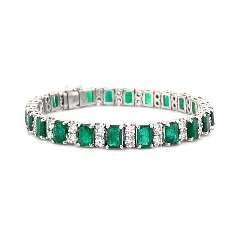 Emerald Cut Zambian Emeralds 14.9 Carat and Round Diamonds Platinum Bracelet For Sale